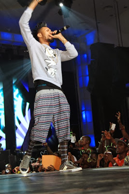 phyno on stage