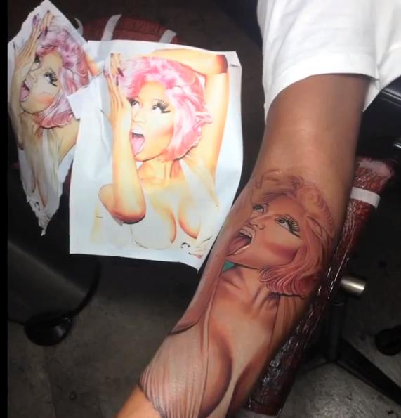 nicki-minajs-boyfriend-gets-face-tattoo-on-his-arm